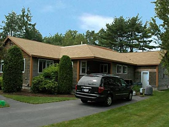 65 Greenwood Ave, Scarborough, ME 04074