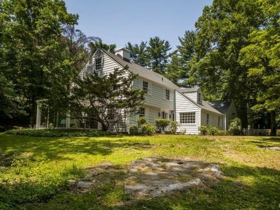 2 Arrowhead Way, Darien, CT 06820