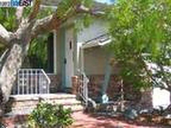 3271 Fillmore St, Alameda, CA 94501