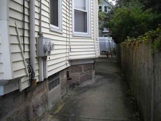 272 North St, New Bedford, MA 02740