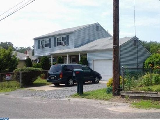 118 Apple Ave, Browns Mills, NJ 08015