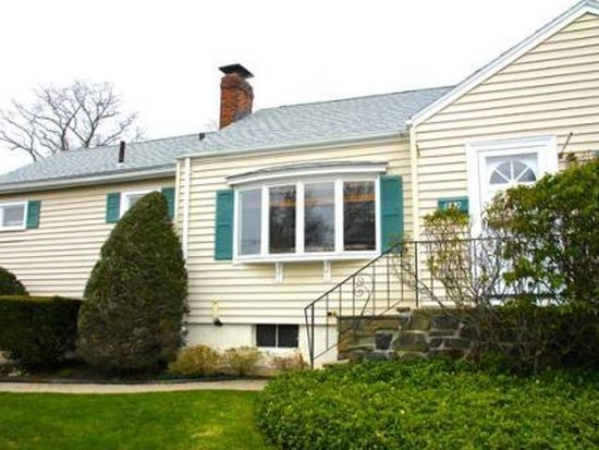 392 Atlantic Ave, Marblehead, MA 01945