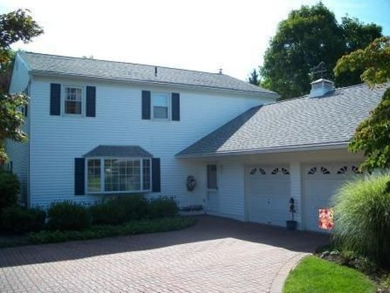 916 Quincy Dr, Yardley, PA 19067