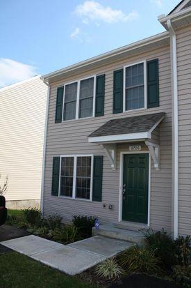 6706 Village Green Dr, Roanoke, VA 24019