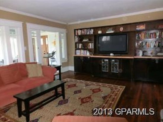 427 W 4th St, Greenville, NC 27834