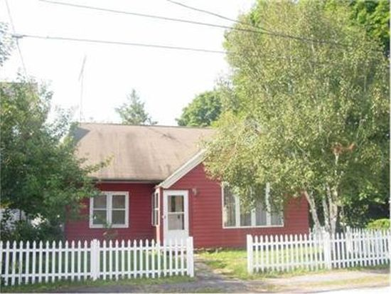 32 Goffe St, Manchester, NH 03102