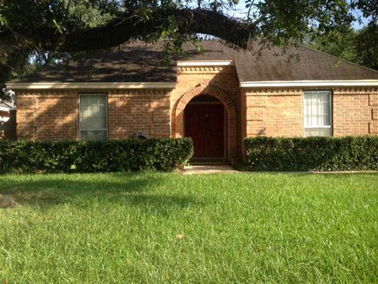 5865 Calder Ave, Beaumont, TX 77706