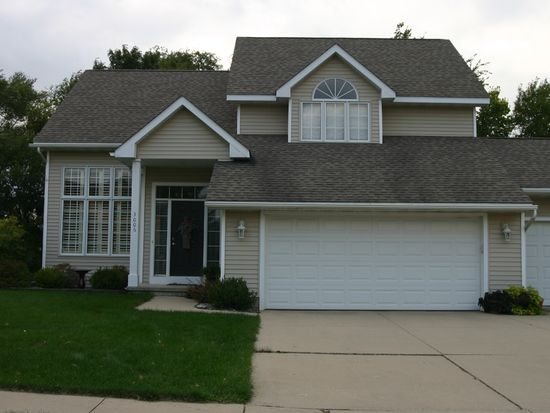 3006 SW Coves Dr, Ankeny, IA 50023