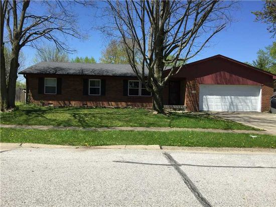 7728 Hollybrook Ln, Southport, IN 46227
