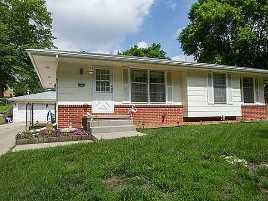 4908 Orchard Dr, Pleasant Hill, IA 50327
