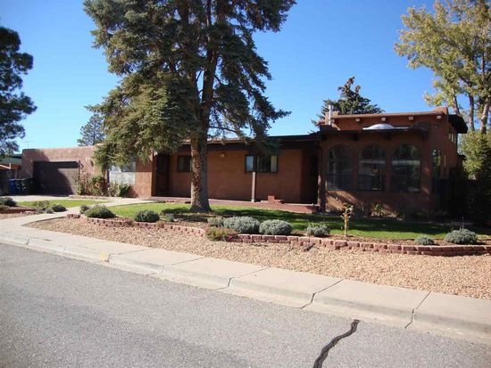 76 Mesa Verde St, Los Alamos, NM 87544