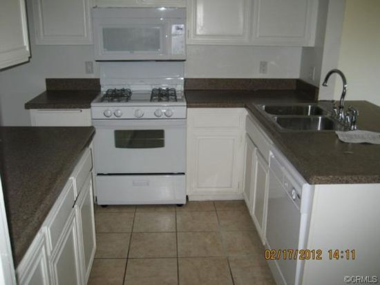 4683 Knickerbocker Ln, Riverside, CA 92501