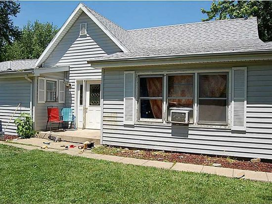2203 Crystal St, Anderson, IN 46012