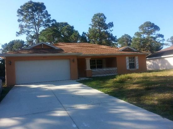 572 Cypress Ave S, Lehigh Acres, FL 33974