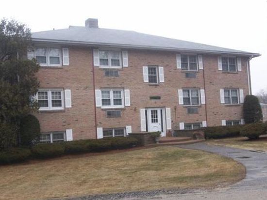 230 Chickering Rd APT 4, North Andover, MA 01845