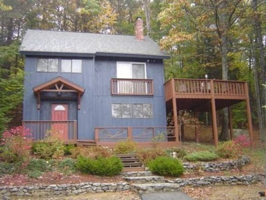 430 Blueberry Ln, North Conway, NH 03860