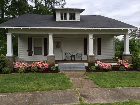 700 3rd St S, Amory, MS 38821