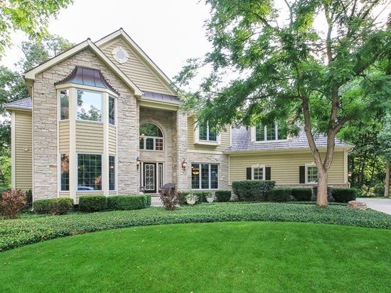 216 Crooked Tree Ct, Naperville, IL 60565