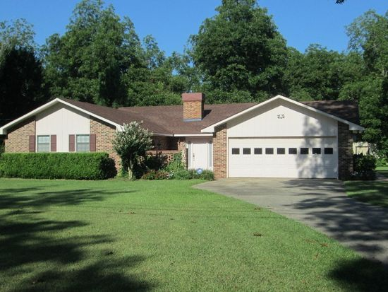 405 Valley View Dr, Fort Valley, GA 31030