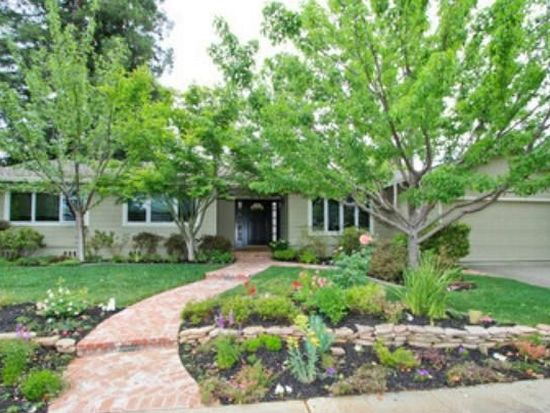 1902 Limetree Ln, Mountain View, CA 94040