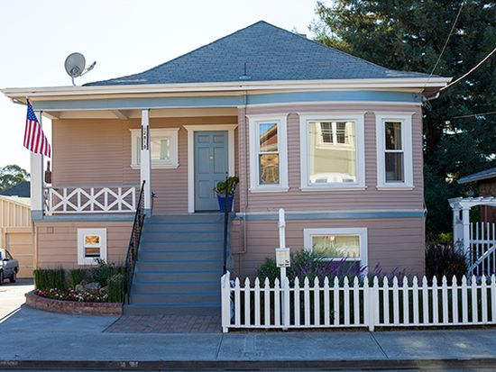 2818 Atwell Ave, Oakland, CA 94601