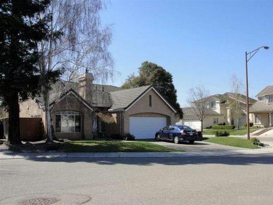 9862 Deep Water Ln, Stockton, CA 95219