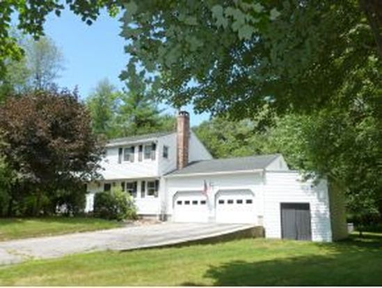 34 Wilshire Dr, Londonderry, NH 03053