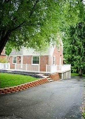 318 Elmbrook Ln, Pittsburgh, PA 15243