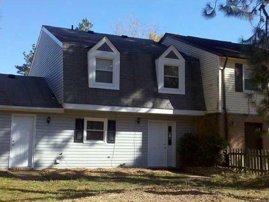 2912 N Radcliffe Ln, Chesapeake, VA 23321