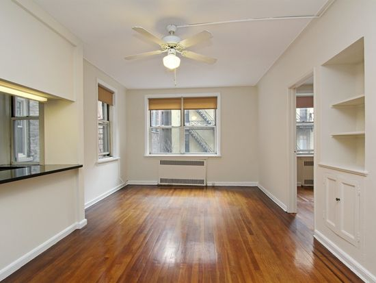 310 W 55th St APT 2A, New York, NY 10019