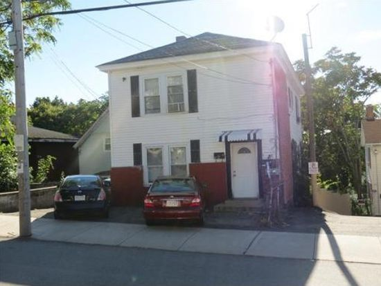 214 High St, Lawrence, MA 01841