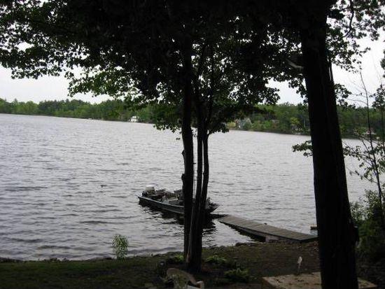 11 Pond St, Westford, MA 01886