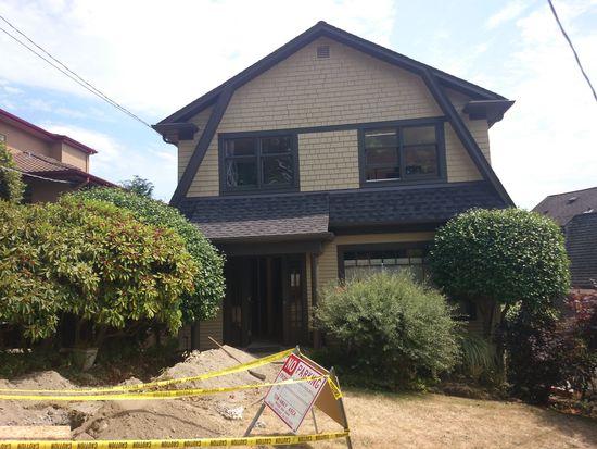 404 Comstock Pl, Seattle, WA 98109