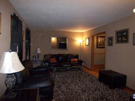 561 Stoneleigh Rd, Oneida, NY 13421