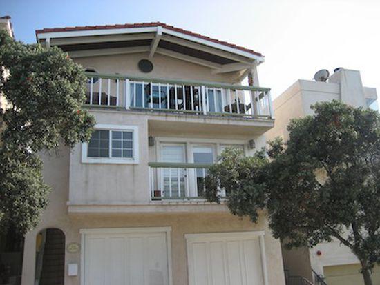 220 38th St, Manhattan Beach, CA 90266
