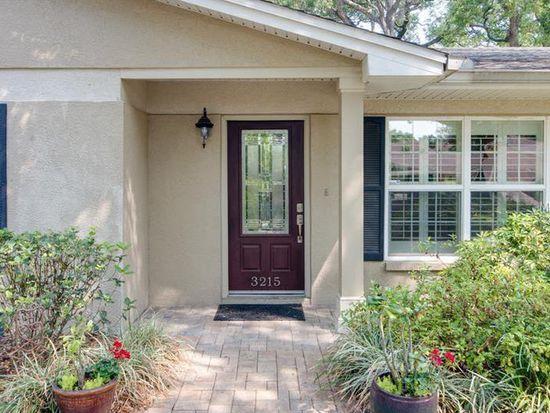 3215 W Hawthorne Rd, Tampa, FL 33611