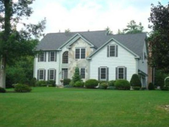 8 Westchester Rd, Windham, NH 03087