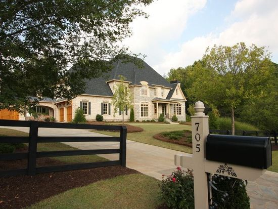 705 Foxhollow Run, Milton, GA 30004