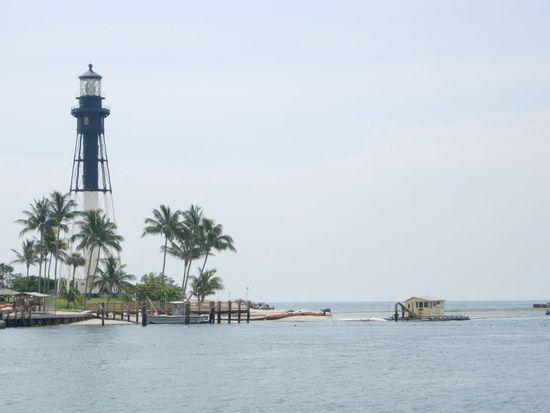 2728 NE 24th St, Lighthouse Point, FL 33064