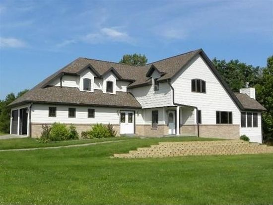 19999 205th Ave, Centerville, IA 52544