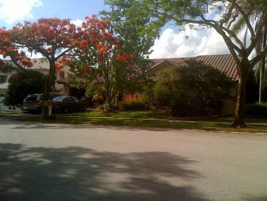 10301 NW 18th Mnr, Plantation, FL 33322