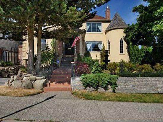 3255 W Viewmont Way W, Seattle, WA 98199