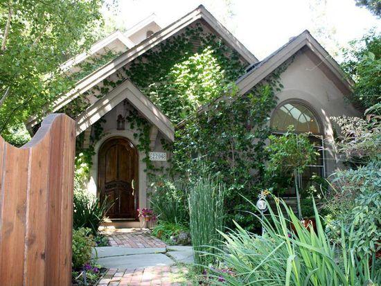 2206 Saint Francis Dr, Palo Alto, CA 94303