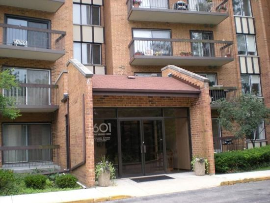 601 Lake Hinsdale Dr APT 512, Willowbrook, IL 60527