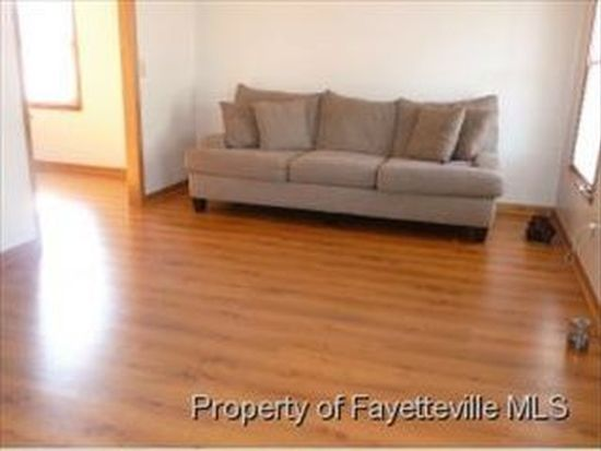 1537 Stackhouse Dr, Fayetteville, NC 28314