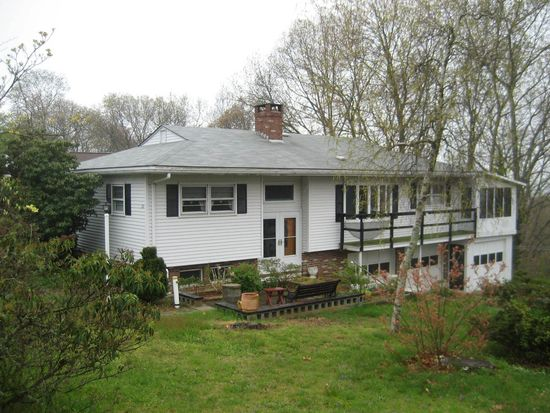 20 Bayview Rd, Niantic, CT 06357