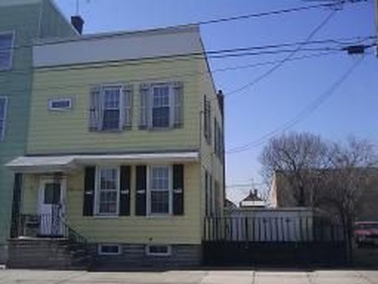 27-29 Esther St, Newark, NJ 07105