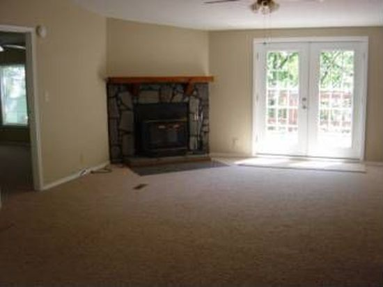 32400 S Cougar Rd, Park Hill, OK 74451