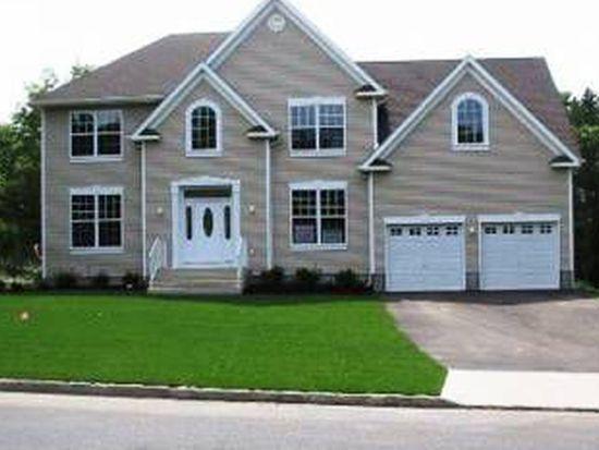 170 Country Rd, Medford, NY 11763