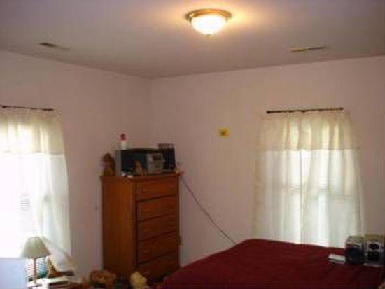 803 Gilmer Ave NW, Roanoke, VA 24016
